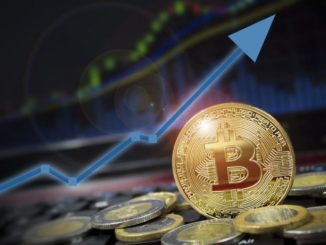 Bitcoin supera i 10.000 dollari: è il momento di comprare?
